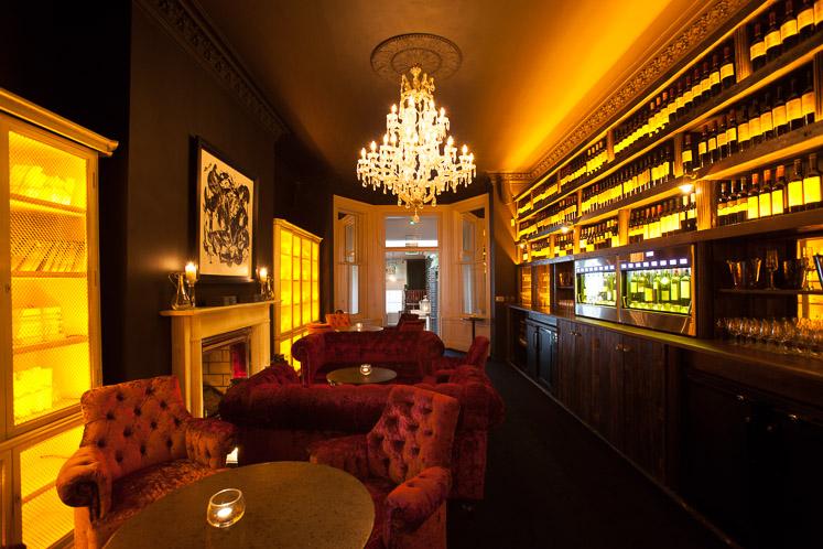 Leeson Wine Room2